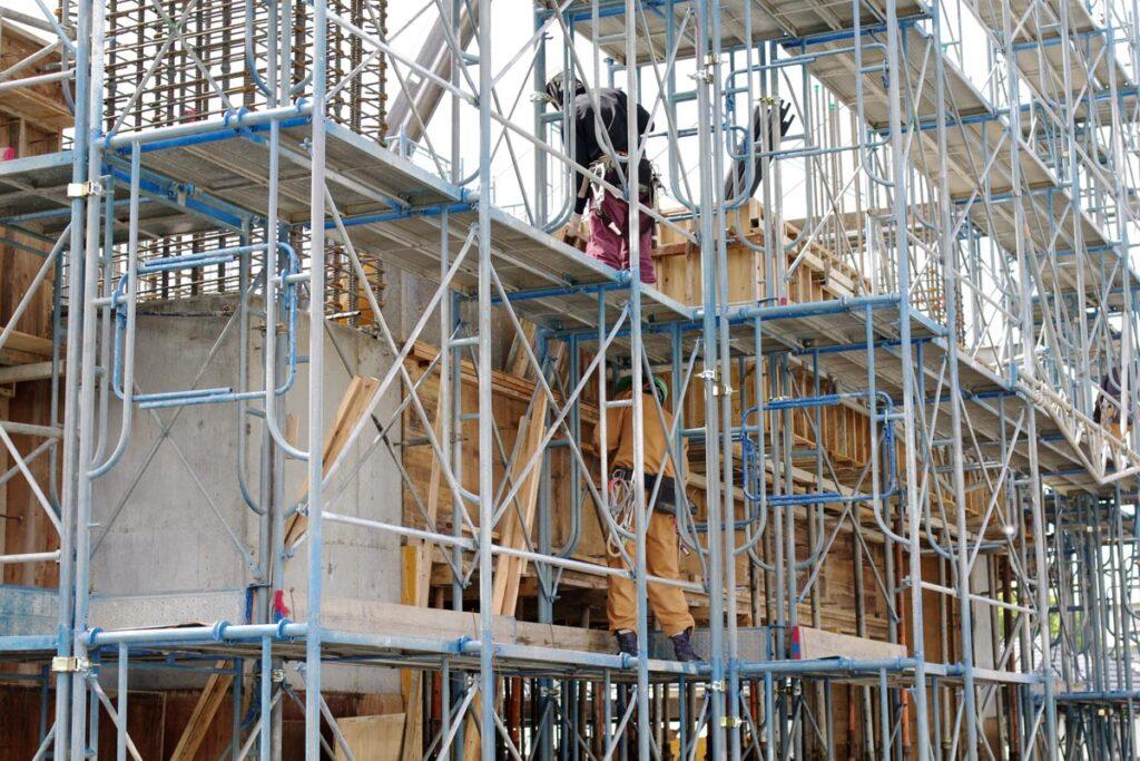 新築住宅を建築するのに重要なのが職人の作業場となる足場